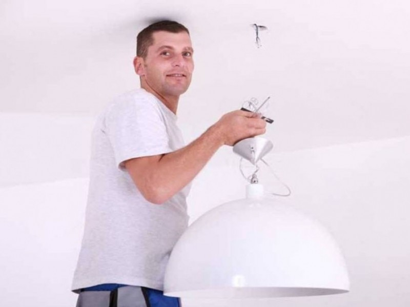 Как собрать настенно-потолочный светильник